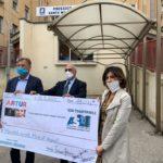 Consegna raccolta fondi Loreto Mare 15 maggio 2020